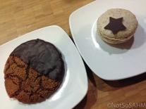 Ginger cookie & lavender macaron