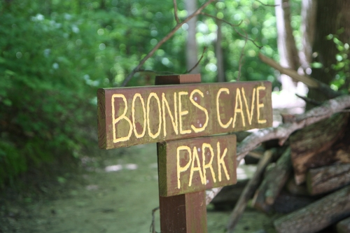 Boone's Cave Park sign