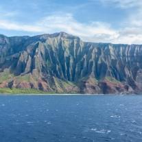 The rugged coastline of Na Pali in Kauai Hawaii Not So SAHM